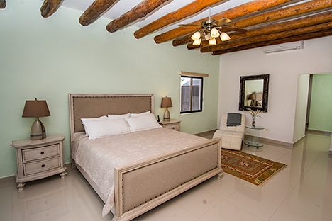 Villa Grace bedroom