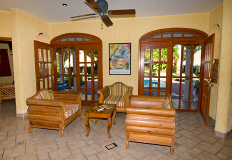 Stairs into the pool at Hacienda Izamal vacation villa rental in Cozumel, Mexico