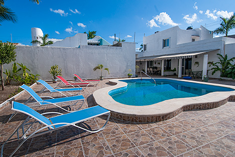Swimming pool at Casa Jen, a Cozumel vacation rental villa