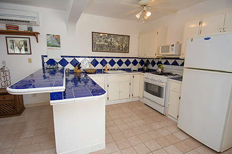 villa selva kitchen