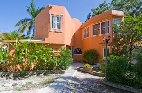 Back view of Hacienda Sombrero 4 BR vacation rental villa in Cozumel